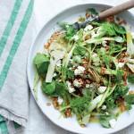 Jamie Olivers lækre artiskoksalat med asparges, emmer og feta