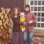 Jeg flyttede ud i den vilde natur med en 6 ugers baby. Krimiforfatter til Dyndkongens datter fortæller sin historie