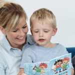 Guide: Hvad kan du læse med dit barn hvornår?