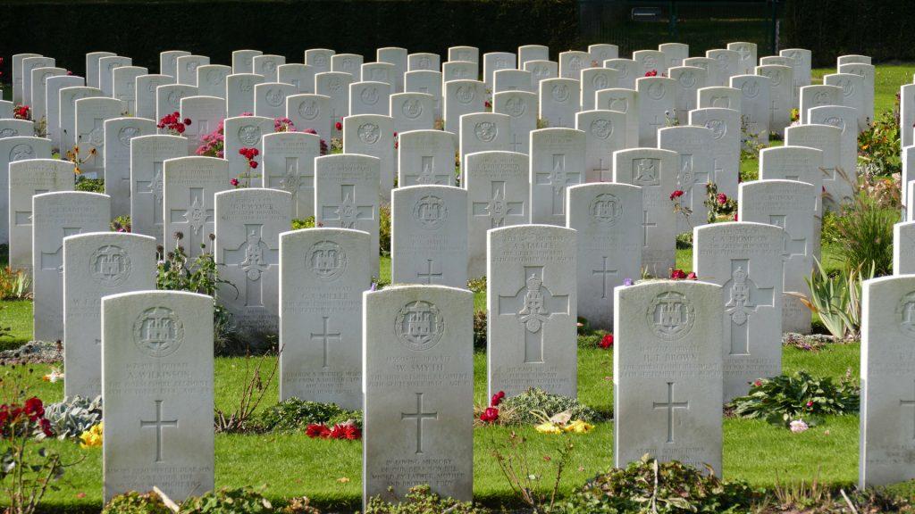 Arnhem. Slaget om broerne 1944, Antony Beevor, Airborne Cemetery