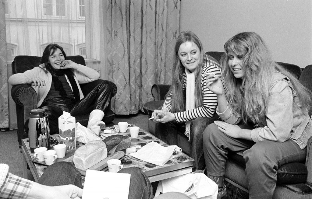 Anne Sanne og Lis, Anne Linnet, Sanne Salomonsen, Lis Sørensen, Jan Eriksen, dansk musik, dansk rock, dansk pop, musikbiografi,