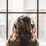 10 novellesamlinger du kan lytte til som lydbøger