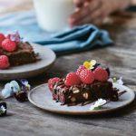 Grøn mad til hele familien: Lækker browniebar med bær