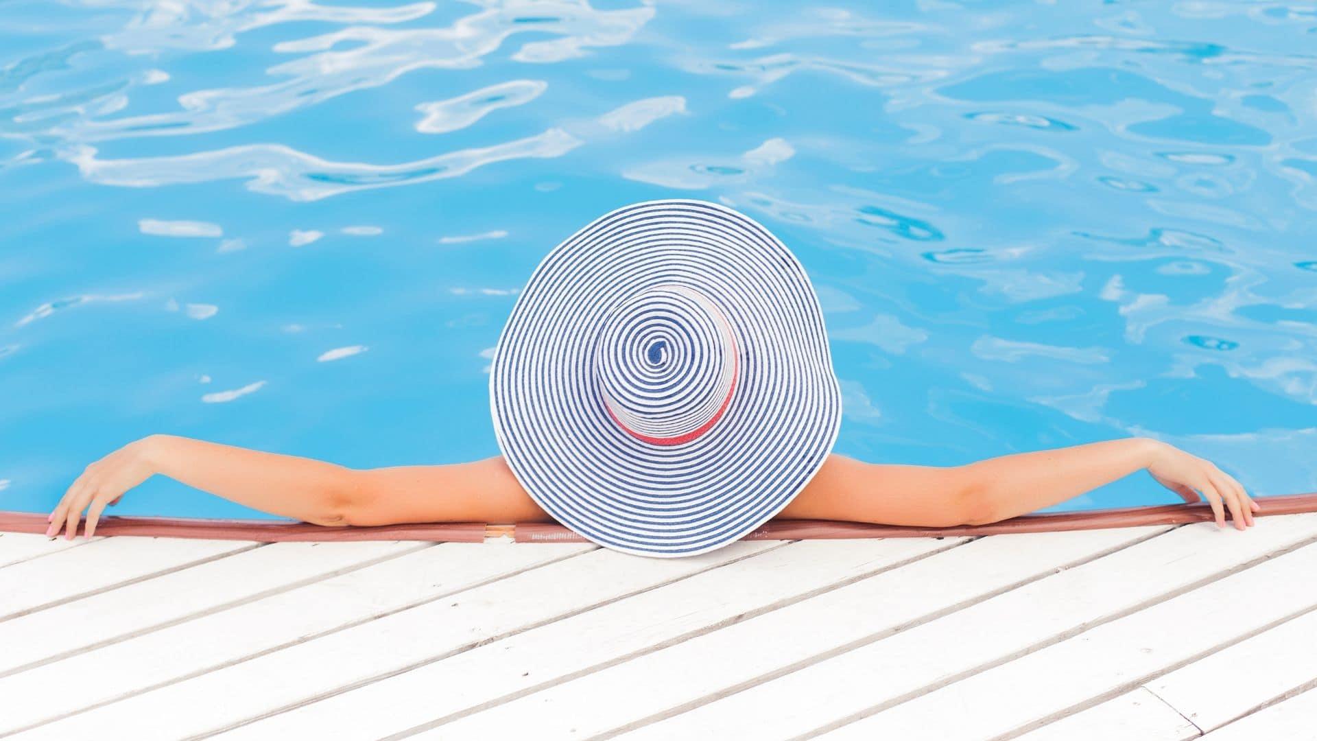 8eb0ffa7 Varm sommer? 10 hotte kærlighedsbøger til din sommerferie