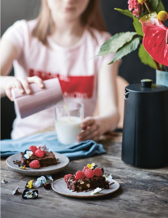 Browniebar med bær fra Grøn mad til hele familien