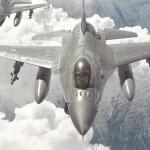 Tag på 40 års rejse på vingerne med danske F-16 jagerpiloter