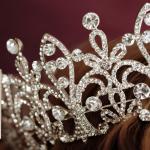 Derfor skal du læse American Royals af Katharine McGee