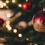 Slut med sokker under træet! 16 bøger i julegave til ham, der har alt