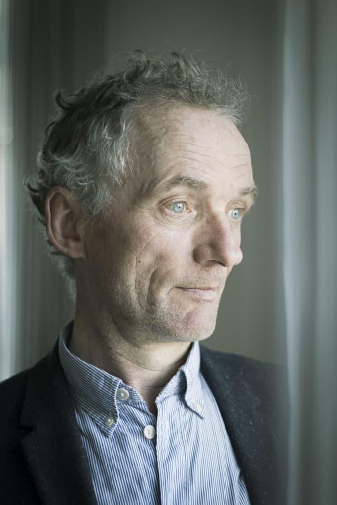 Bjørn Poulsen, Opkald fra Mælkevejen, Debut, Debutant