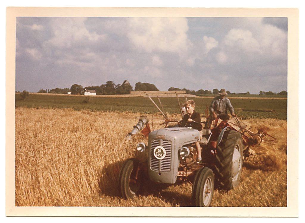 Barndom på landet, Helle Juhl