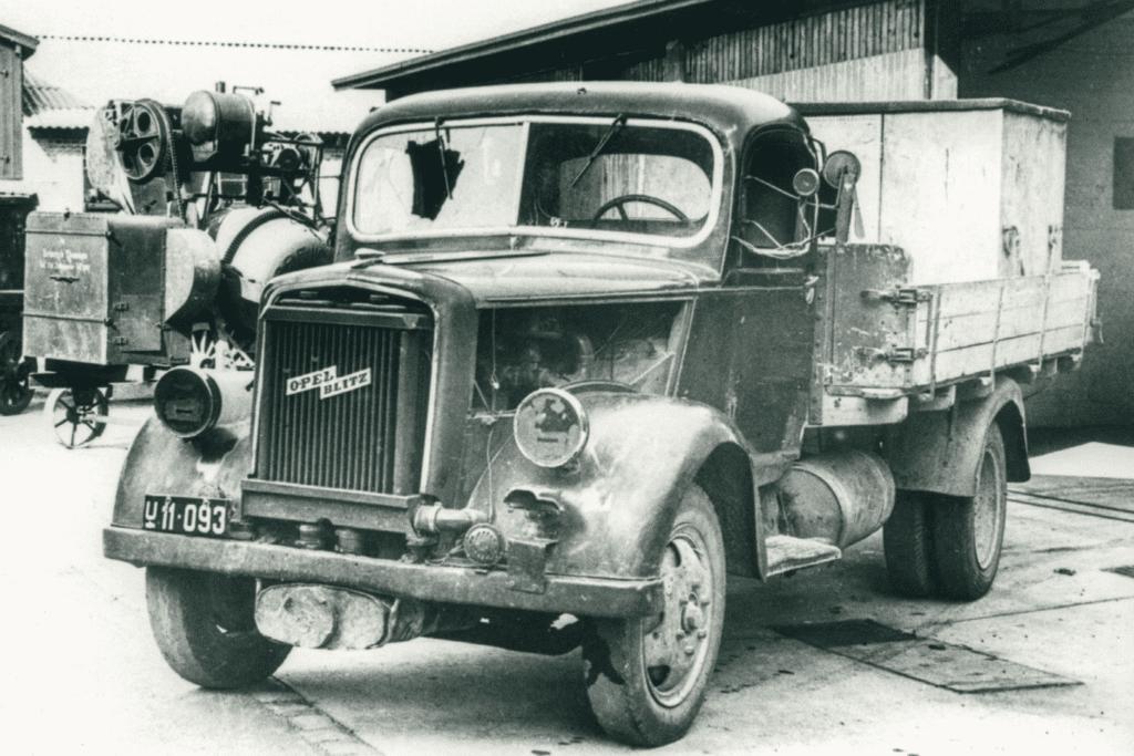 Den stærkt medtagede Opel Blitz, der blev brugt af modstandsfolkene fra Aalborg.