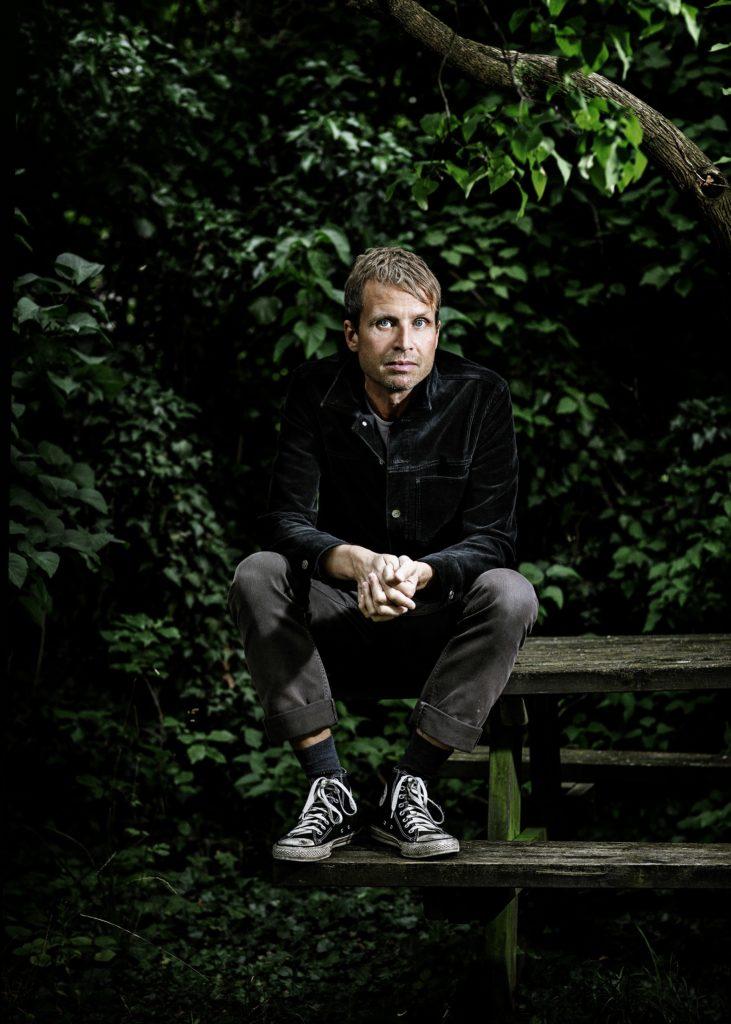 Om natten lyver jeg aldrig, Tomas Lagermand Lundme