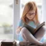 Hvordan du selv får læst bøger, når du er på ferie med børn