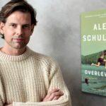 Hvordan en kikset samtale blev til en international sensation. Mød svenske Alex Schulman.
